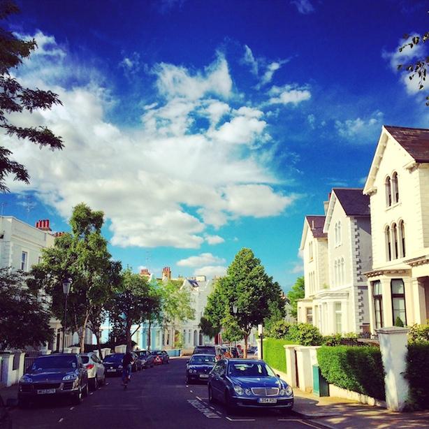Notting-Hill-Street-London-Lifestyle-Blog-Poppy-Loves