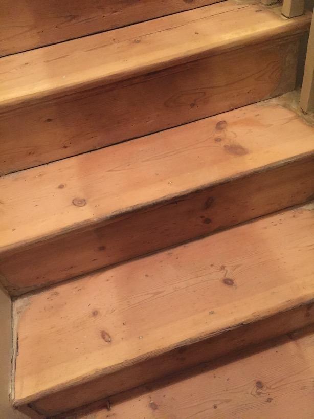 Restoring-Old-Wooden-Floors-10