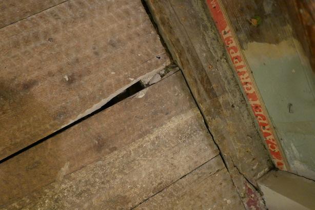 Restoring-Old-Wooden-Floors-18