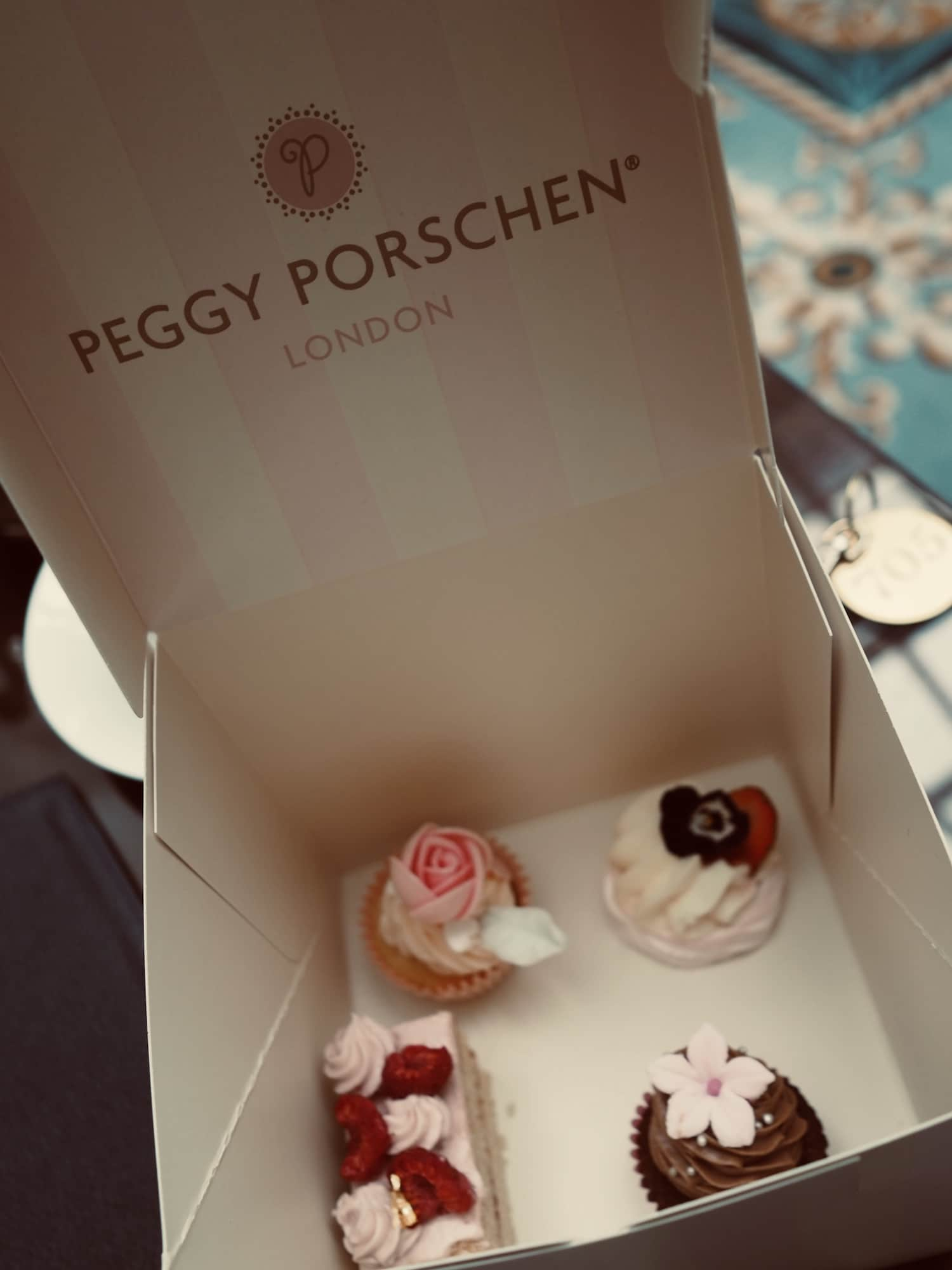 Lanesborough-Afternoon-Tea-Peggy-Porschen
